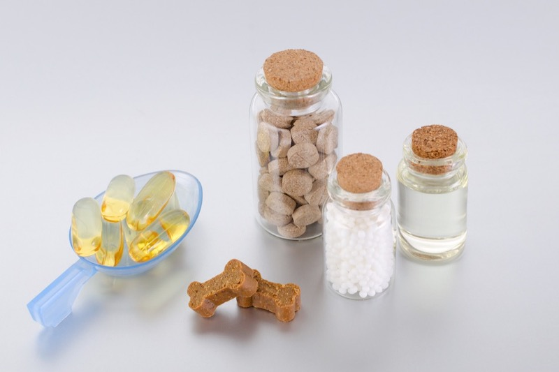 Supplements, Vitamins, and Natural Remedies to Help With Dog Anxiety